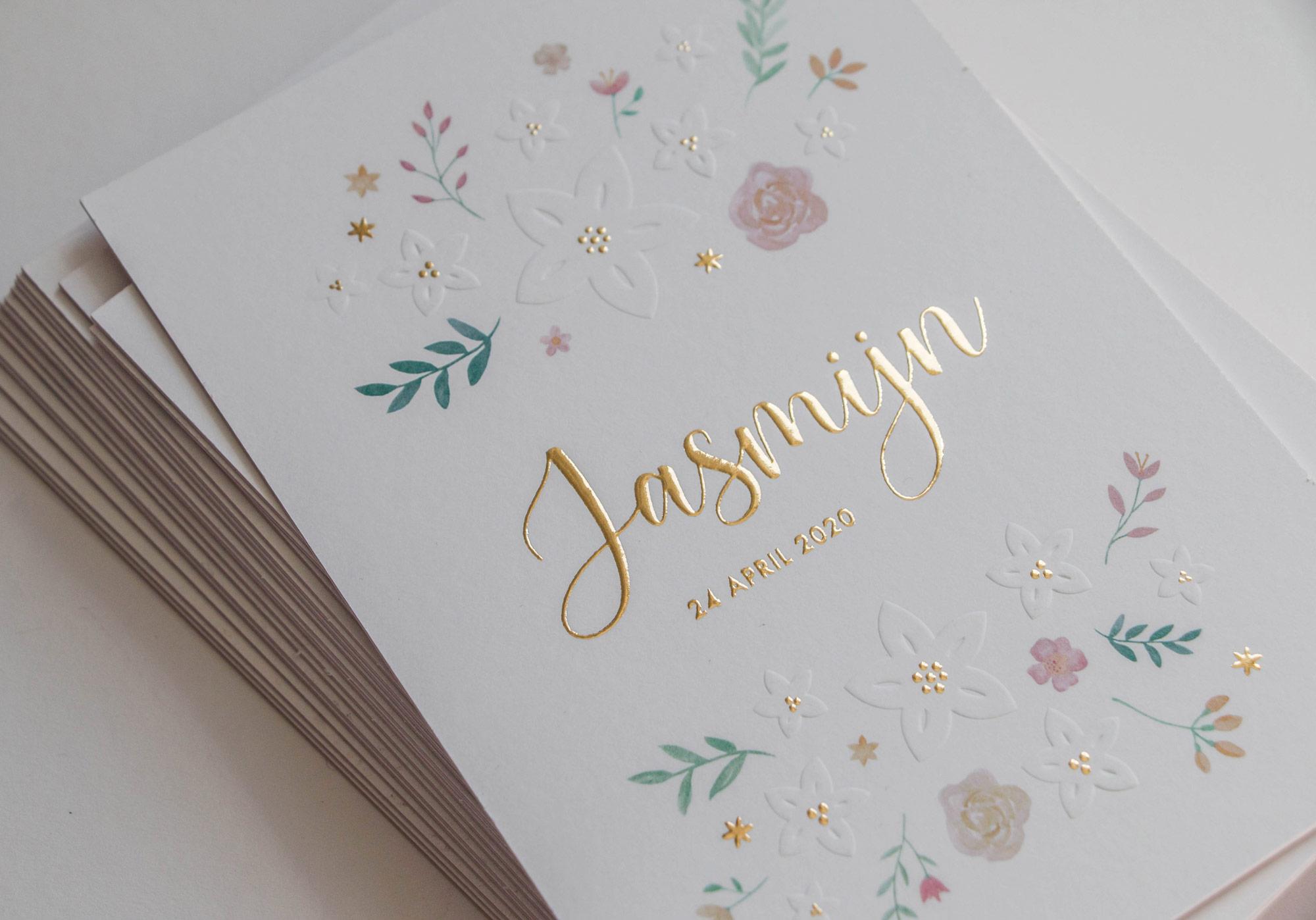 Geboortekaartje Jasmijn goudfolie preegdruk bloemen